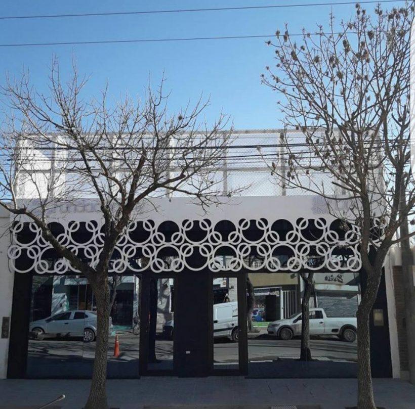 Frente edificio nuevo
